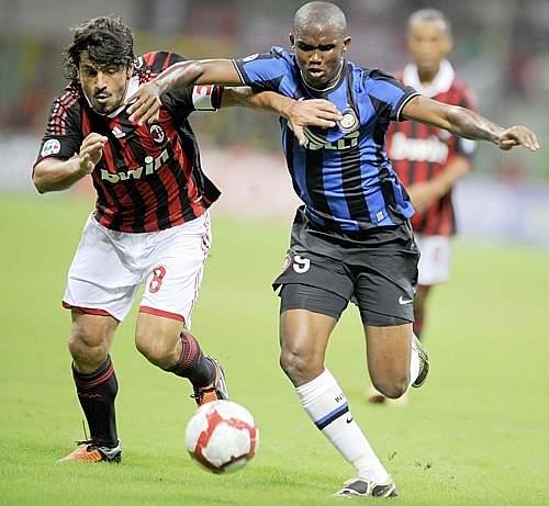 Spalla a spalla tra Gattuso (a sinistra) ed Eto'o (Afp)