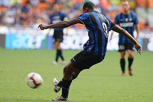 Inter-Parma: il gol di Eto'o (LaPresse)