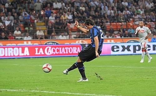 Inter-Napoli: la rete di Milito (Ipp)