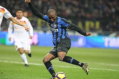 Inter-Roma: con una giravolta velocissima Eto'o ha pareggiato i conti (Daniele Badolato/LaPresse)