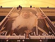 Il Cairo, un grande ritratto di Shenouda III alla cerimonia dei fedeli