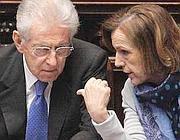 Il presidente del Consiglio, Mario Monti e il ministro del Welfare, Elsa Fornero (Ansa)