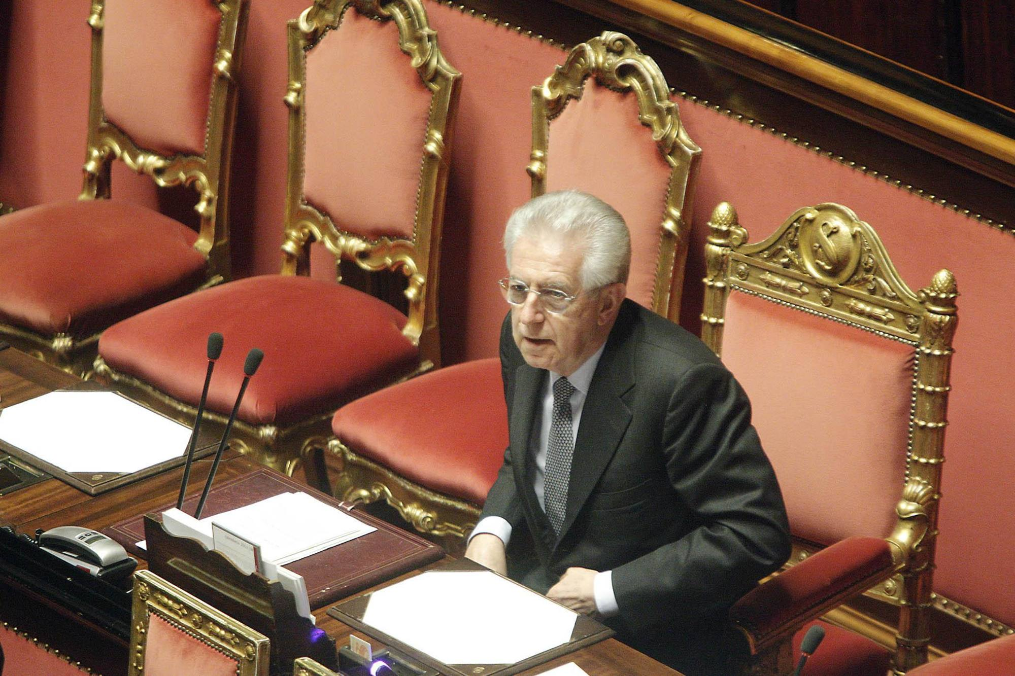 Il presidente del Consiglio Mario Monti (Ansa)