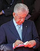 Il premier Mario Monti (Benvegnù-Guaitoli)