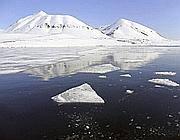 Il ghiaccio di Isfjord, nelle isole Svalbard (Reuters)