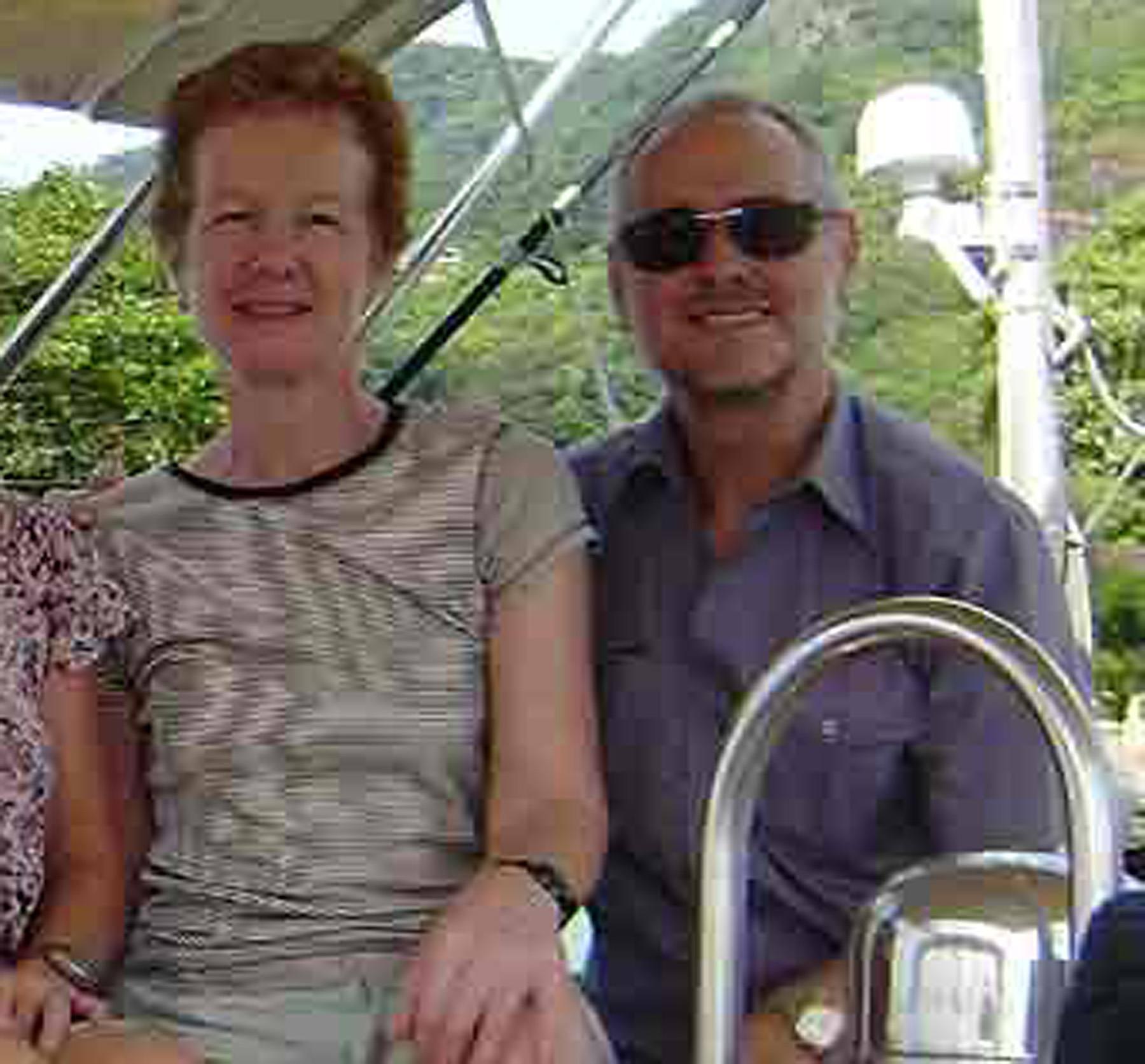 Paul e Rachel Chandler (Ap)