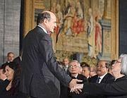 Cerimonia al Quirinale per lo scambio di auguri per le più alte cariche dello Stato. Era presente anche Bersani (Imagoeconomica)