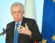 Il premier dimissionario Mario Monti (Afp)