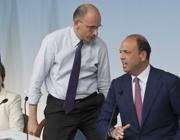 Letta con il vicepremier Angelino Alfano (LaPresse)