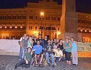 Il presidio fisso dei pro-Stamina davanti a Montecitorio (Lapresse)