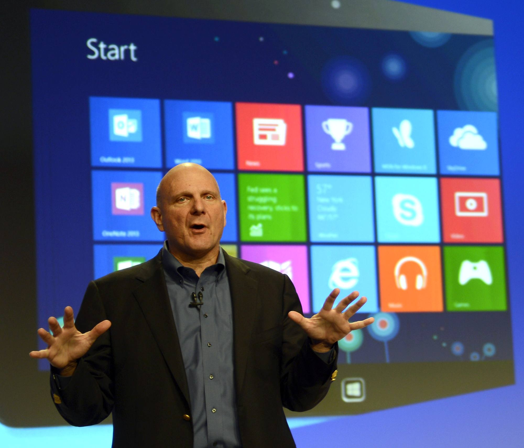 L'ad di Microsoft Steve Ballmer (Afp)