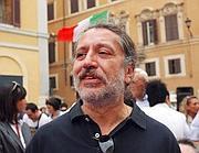 Davide Vannoni a una manifestazione pro-Stamina davanti a Montecitorio (Cesareo)