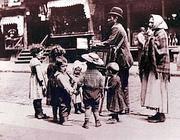 Famiglia di emigranti italiani del primo Novecento