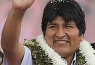 Morales a ruota libera «Il pollo fa diventare gay»