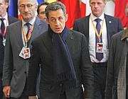Nicolas Sarkozy all'uscita dal vertice notturno (Reuters)