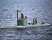 Militari iraniani nello stretto di Hormuz (Reuters)