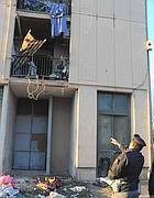 La casa di San Basilio a Roma dove un «botto» è esploso propagando il fuoco ad altri esplosivi