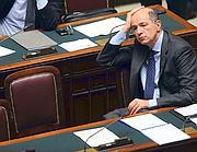 Corrado Passera, il ministro per lo Sviluppo Economico