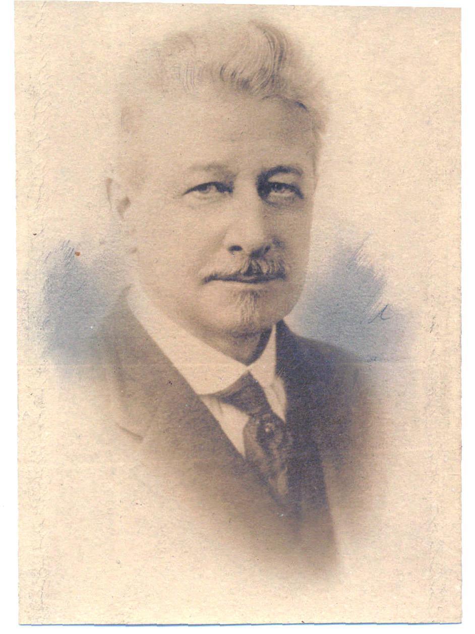 L'ingegnere John Elfreth Watkins, che all'inizio del 900 scrisse «Cosa potrebbe succedere nei prossimi cento anni»