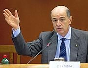 Il ministro dello Sviluppo Economico, Corrado Passera
