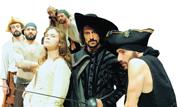 Marco Foschi (con la spada) e il cast de «Il Corsaro Nero»