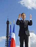 Sarkozy durante un comizio a Parigi