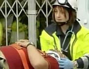 Il pompiere ferito (Ansa)