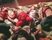 Un fotogramma del video dei bambini uccisi. L'immagine è tratta da un video su Youtube che abbiamo scelto di non pubblicare nella sua interezza sul sito (Afp)