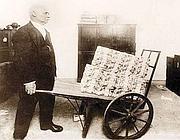 In Germania nel 1923 una carriola di marchi non valeva quasi niente a causa dell'iperinflazione