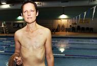 Jodi Jaecks sul bordo della piscina Medgar Evers di Seattle