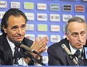 Prandelli e Abete (Reuters)