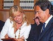 Il nuovo capo dello Sco Maria Luisa Pellizzari assieme al capo della polizia
