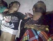 Un video caricato su Youtube mostra due presunte vittime nel villaggio di Treimsa, nella provincia di Hama