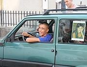 Caroselli di auto in festa: Rossella � libera (Ansa/Pinna)