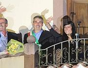 Il discorso di Rossella Urru dal balcone del comune di Samugheo (LaPresse)