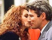 Il bacio tra Julia Roberts e Richard Gere nel film �Pretty Woman�