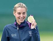 Jessica Rossi con la medaglia d'oro (LaPresse/Badolato)