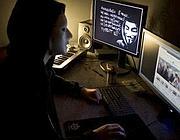 Un hacktivist di Anonymous
