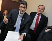Todd Akin, a destra, con Paul Ryan (Ap)