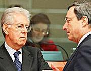 Il premier Mario Monti e il presidente del Bce Mario Draghi