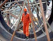 Un operaio metalmeccanico in una foto d'archivio (Ansa)
