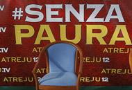 Berlusconi diserta Atreju e cita la Bibbia: «Non è tempo per parlare»