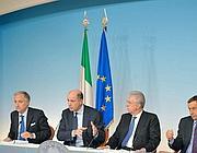 La conferenza stampa a Palazzo Chigi (Ansa)