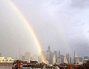 Arcobaleno su New York dopo la tempesta (da Twitter)