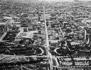 L'allineamento in una vecchia immagine di Alessandria d'Egitto
