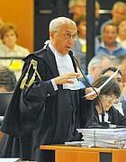 Raffaele Guariniello, durante la requisitoria contro gli imputati del maxi-processo ai dirigenti della multinazionale svizzera Eternit (Ansa/Di Marco)
