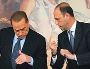 Alfano e Berlusconi in una foto d'archivio (Ansa/Brambatti)