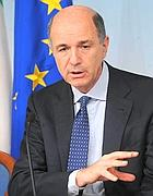 Il ministro Corrado Passera (Ansa)