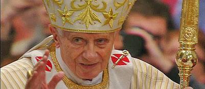 Il Papa prega per la pace e i migranti