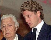 Agnelli con il nipote Lapo Elkann (Ansa)